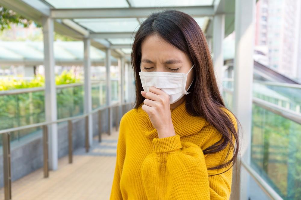 當氣溫、溫度、氣壓和空氣中離子等改變時, 誘發咳嗽,寒冷或秋冬氣候轉變時咳嗽較多。