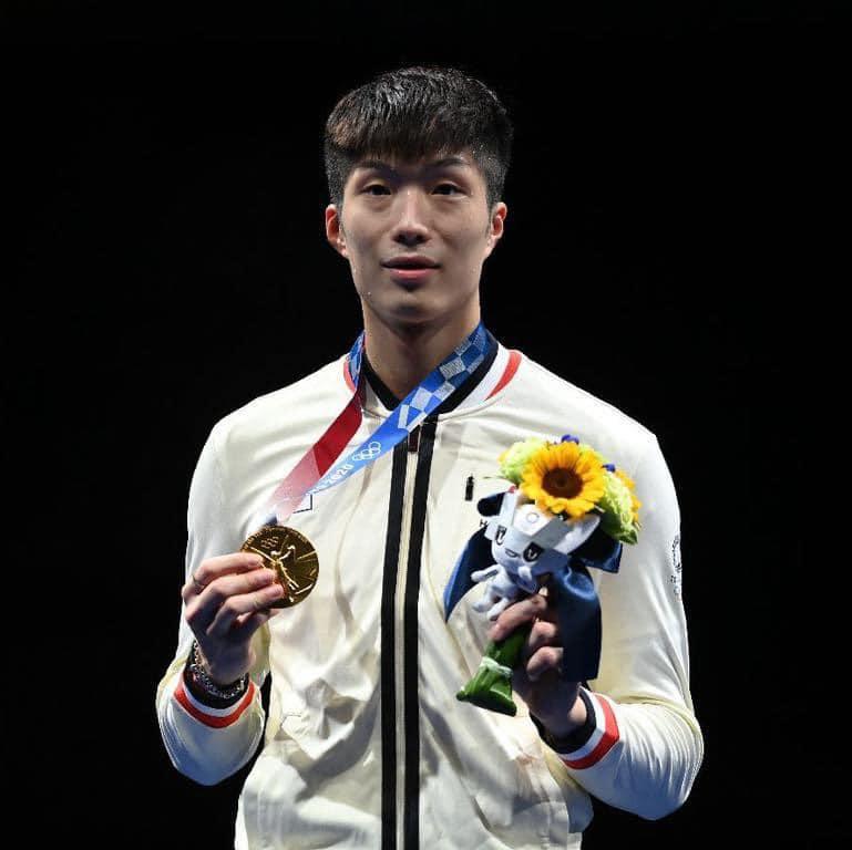 奧運金牌得主劍擊港將張家朗不幸於練習時左膝受傷,導致膝頭腫脹,終決定退出全運會。